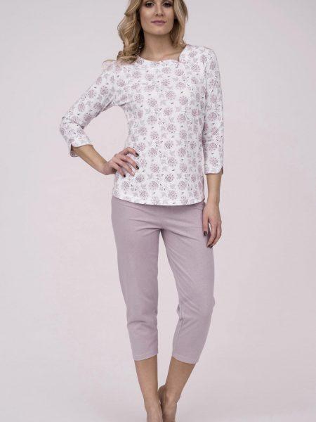 Dámske bavlnené pyžamo Cana 180. Prinášame Vám novú kolekciu dámske pyžamá jar-leto 2018. Moderné, pohodlné, luxusné a zároveň cenovo veľmi prístupne dámske pyžamá, ktoré nájdete v našej ponuke. Celý komplet je vyrobený z veľmi kvalitného a príjemného materiálu. Farebné prevedenie biela košieľka s ružovým kvetinovým motívom. Nohavice 3/4 dĺžky sú v ružovej farbe. Materiálové zloženie: 100% bavlna