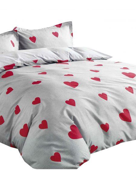 3 dielna súprava Jarka srdiečko obsahuje: 1 x posteľná obliečka : 140 x 200 cm +/- 4% 2 x obliečka na vankúš : 70 x 80 cm +/- 2% (tieto návliečky sú vhodné aj na vankúše 70x90 cm) Označenie produktu: JARSRD - Materiál: 100% bavlnený satén (materiál s úpravou, ktorá dodáva obliečkám jemný lesk, pritom nie sú chladivé ani šmykľavé ako satén) - Hebkosť a jemnosť bavlneného saténu patrí medzi obľúbené materiály - Príjemný na dotyk, nechladí.