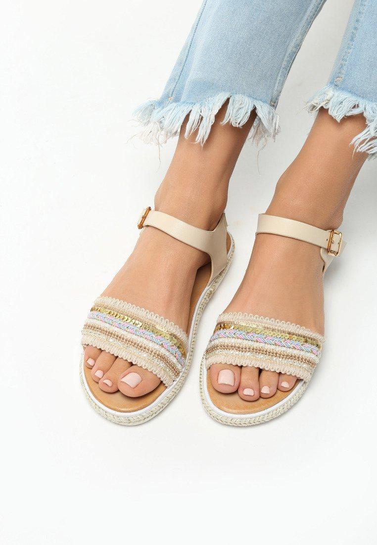 a986776cccb3 Dámske sandále béžové Camila Veľkosť   36