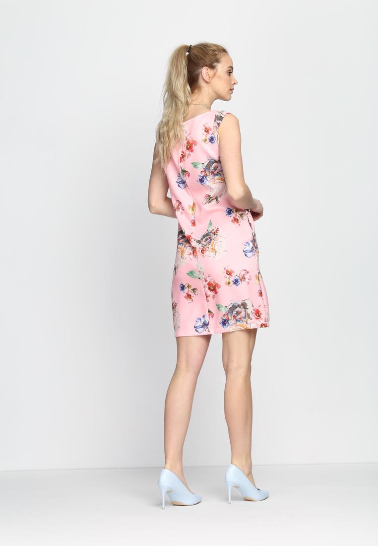 Dámske kvietočkované šaty ružové Lillian, dostupné vo dvoch veľkostiach S/M a L/XL Vyrobené z príjemného materiálu. Zapínanie na zadnej časti pomocou zipsu. Ideálne šaty na každú spoločenskú príležitosť Zloženie: 95% polyester, 5% elastan. Kód : Zoe 1242245