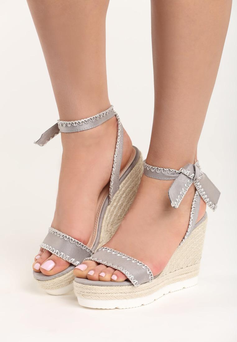 952882ef5216d Sandále na platforme šedé Aria | Jarka.sk | móda • štýl • potešenie