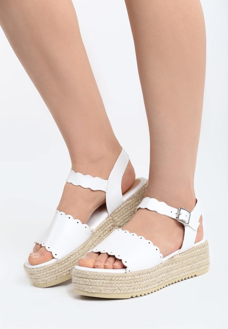 8d5f2766452a Sandále na platforme biele Lily Veľkosť   35