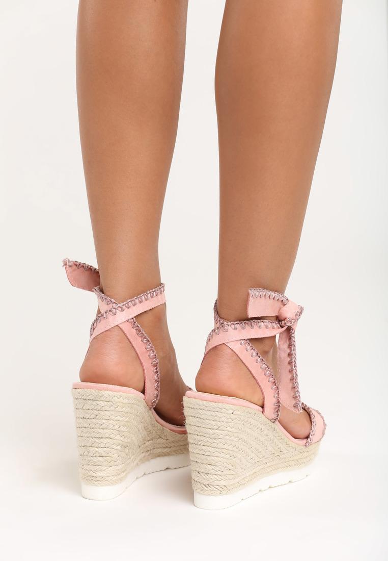 3e3281af9706a Sandále na platforme ružové Aria   Jarka.sk   móda • štýl • potešenie