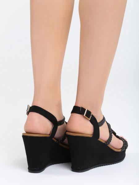 e69bbae4a9bd Dámske sandále na platforme čierne Naomi Veľkosť   36