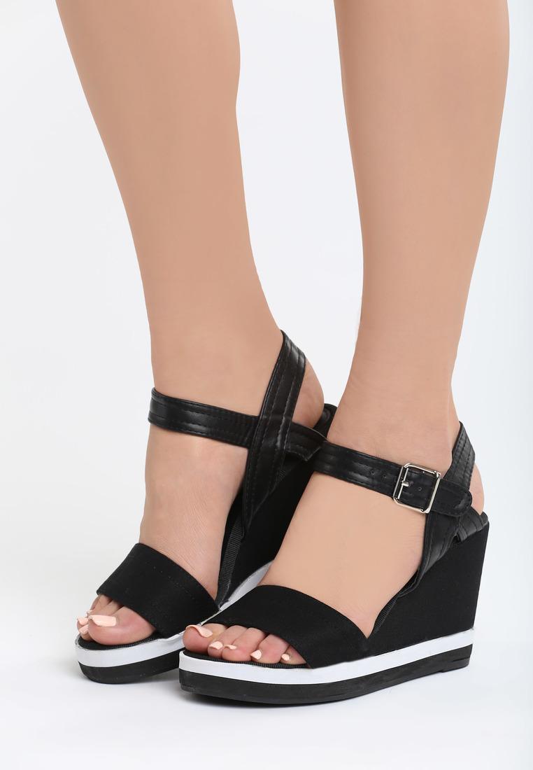 087b50fe6907 Dámske sandále na platforme čierne Alice