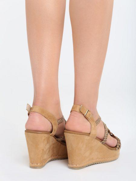 25ce12294b8e Dámske sandále na platforme hnedé Naomi Veľkosť   36