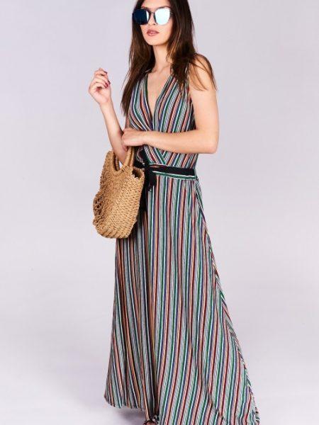 Dlhé letné šaty Evelyn Veľkosť UNI-verzálna Vyrobené z príjemného materiálu. Letné pohodlné šaty Farebné prevedenia : červené prúžky Kód : Jarka 0517055