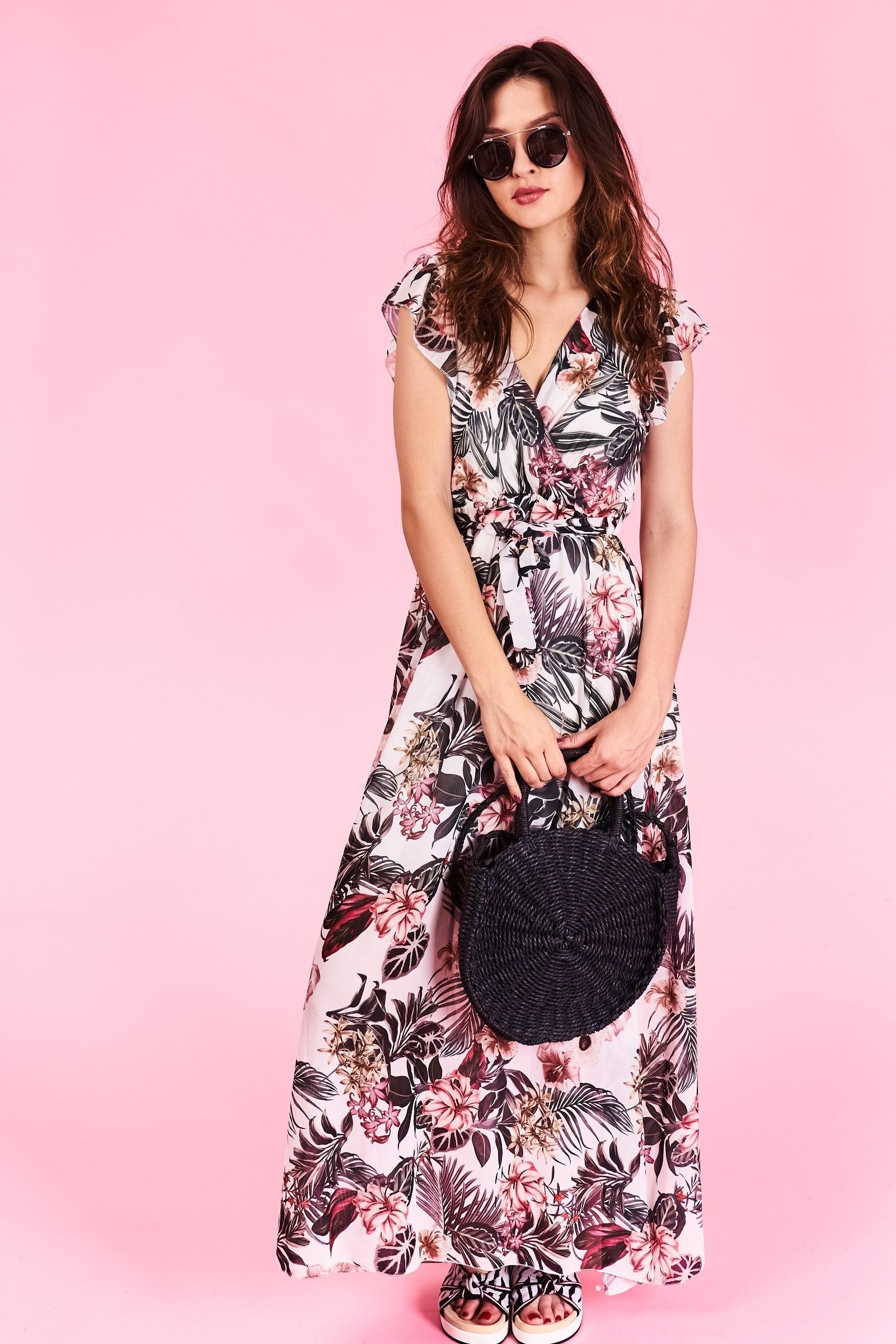 779e778dde69 Dlhé letné šaty Megan Veľkosť UNI-verzálna Vyrobené z príjemného materiálu.  Letné pohodlné šaty