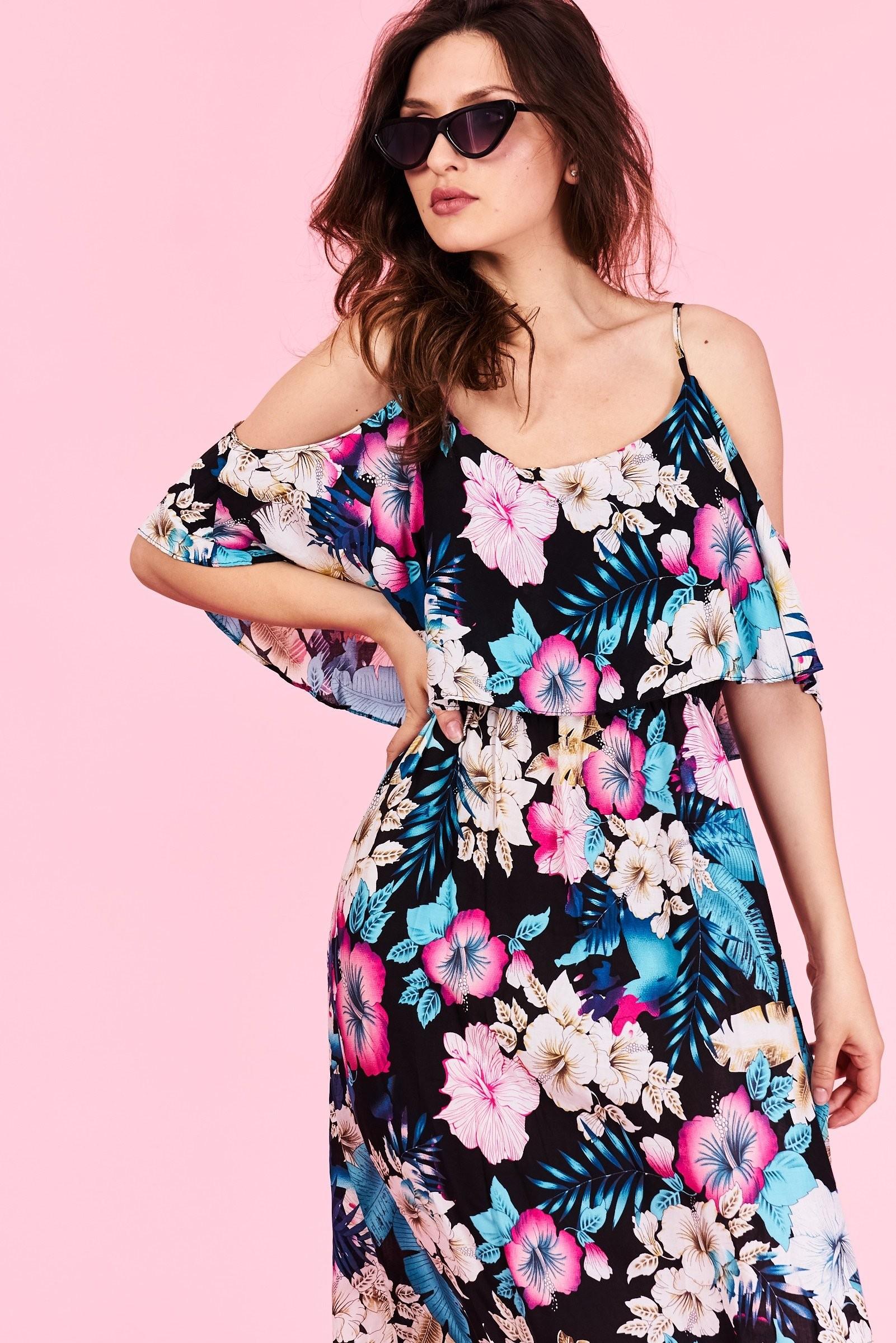 Dlhé letné šaty Londyn Veľkosť   S M a L XL Vyrobené z príjemného a73b370f115