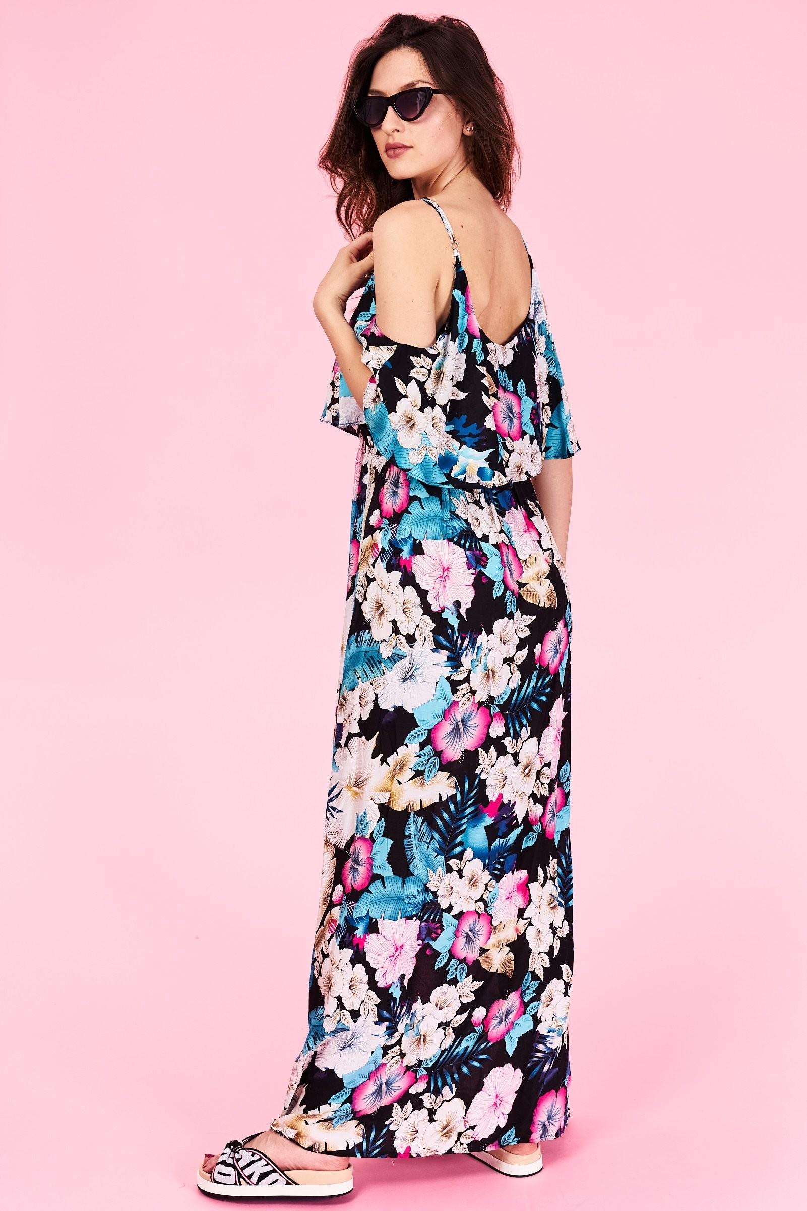 Dlhé letné šaty Londyn Veľkosť   S M a L XL Vyrobené z príjemného b4802701b3e