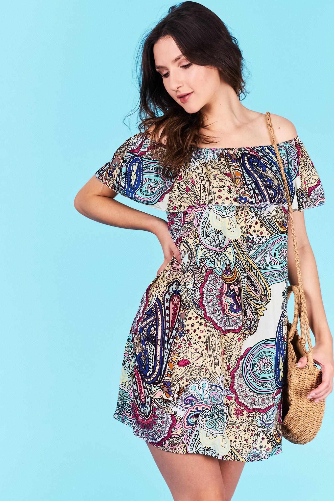 Dámske letné šaty béžová Adalyn Veľkosť UNI-verzálna Vyrobené z príjemného  materiálu. Pohodlné šaty 56c27809bc5