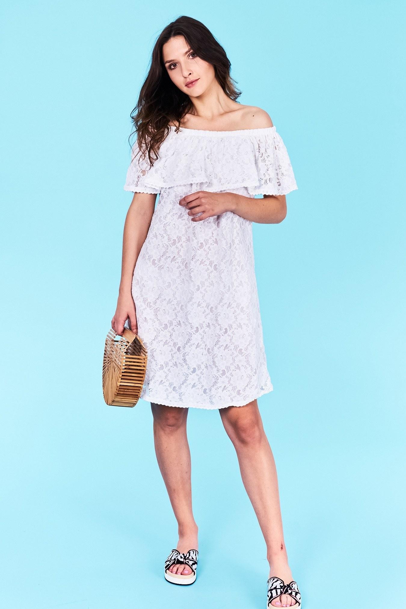 43b357d2a3b4 Dámske šaty biele Andrea Veľkosť UNI-verzálna Vyrobené z príjemného  materiálu. Pohodlné šaty