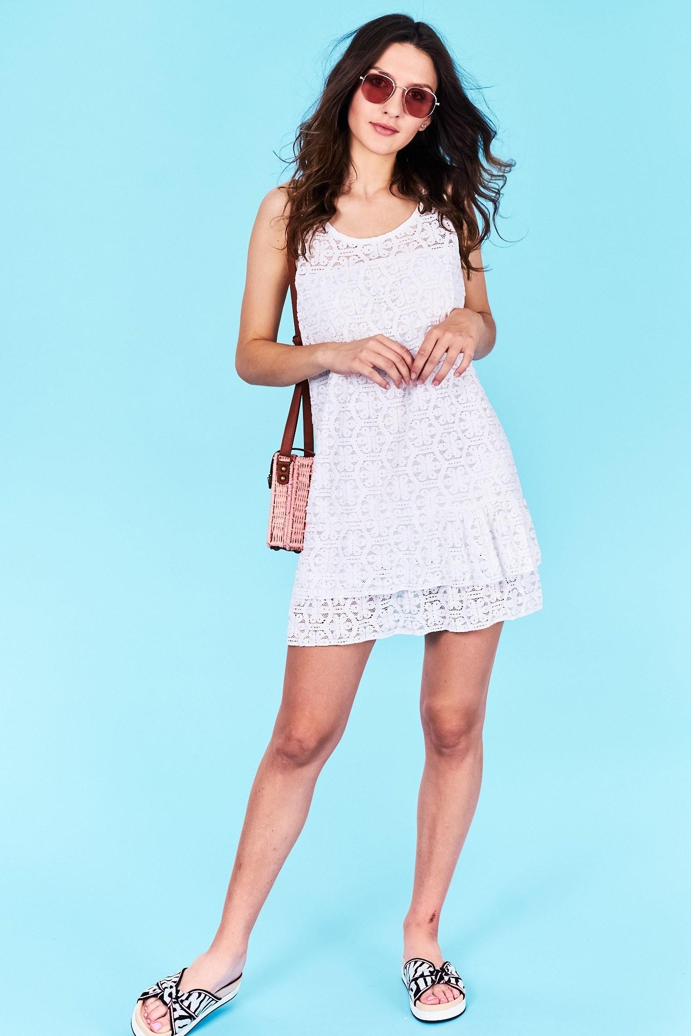 2c0f73d7b34a Dámske šaty biele Leilani Veľkosť UNI-verzálna Vyrobené z príjemného  materiálu. Pohodlné šaty