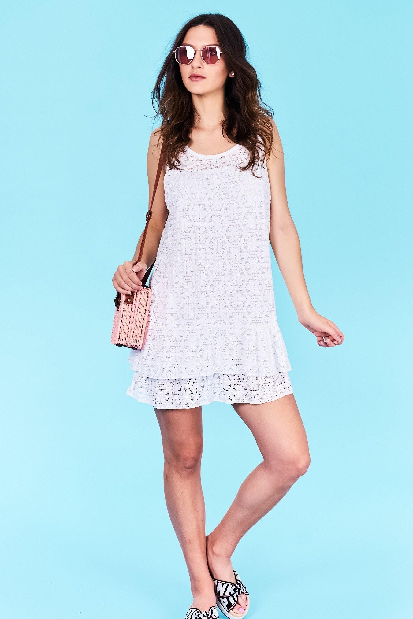 19f3fe807386 Dámske šaty biele Leilani Veľkosť UNI-verzálna Vyrobené z príjemného  materiálu. Pohodlné šaty