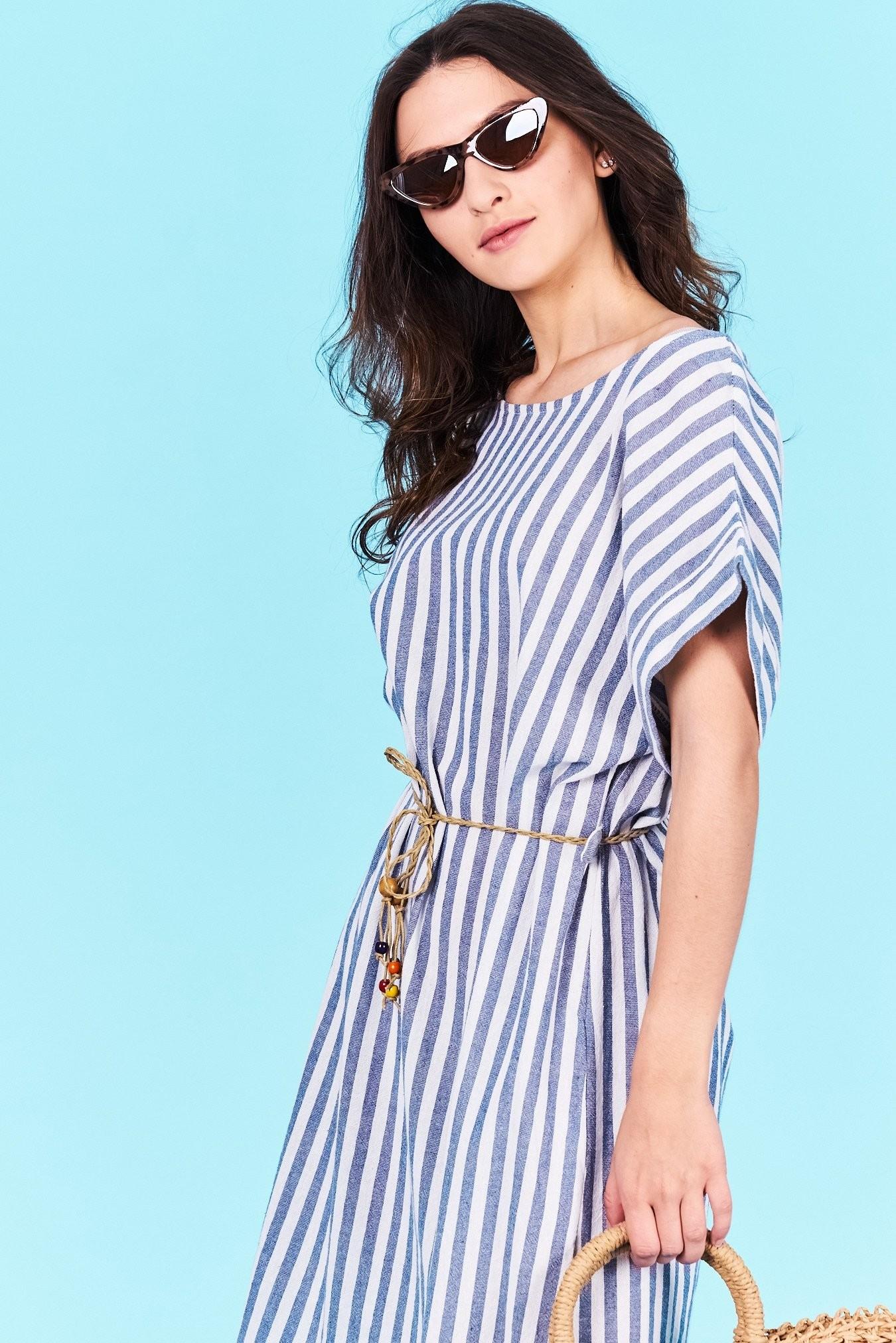 Dámske pruhované šaty modré Norah Veľkosť UNI-verzálna Vyrobené z  príjemného materiálu. Pohodlné šaty c8dc44b2378