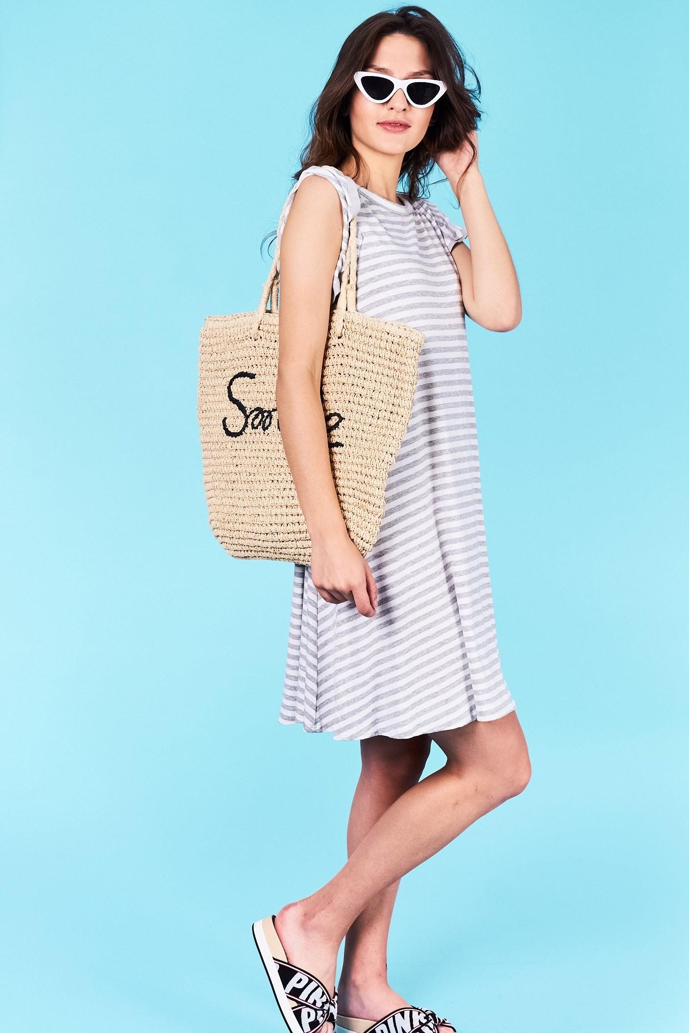 b00319b137a2 Dámske pruhované šaty šedé Jasmine Veľkosť UNI-verzálna Vyrobené z príjemného  materiálu. Pohodlné šaty