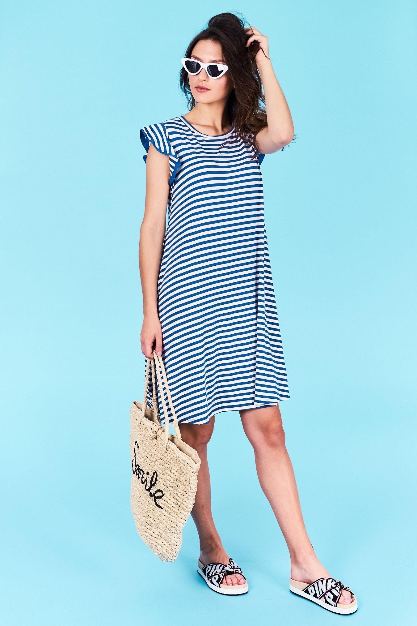 49bc0271a258 Dámske pruhované šaty modré Jasmine Veľkosť UNI-verzálna Vyrobené z príjemného  materiálu. Pohodlné šaty