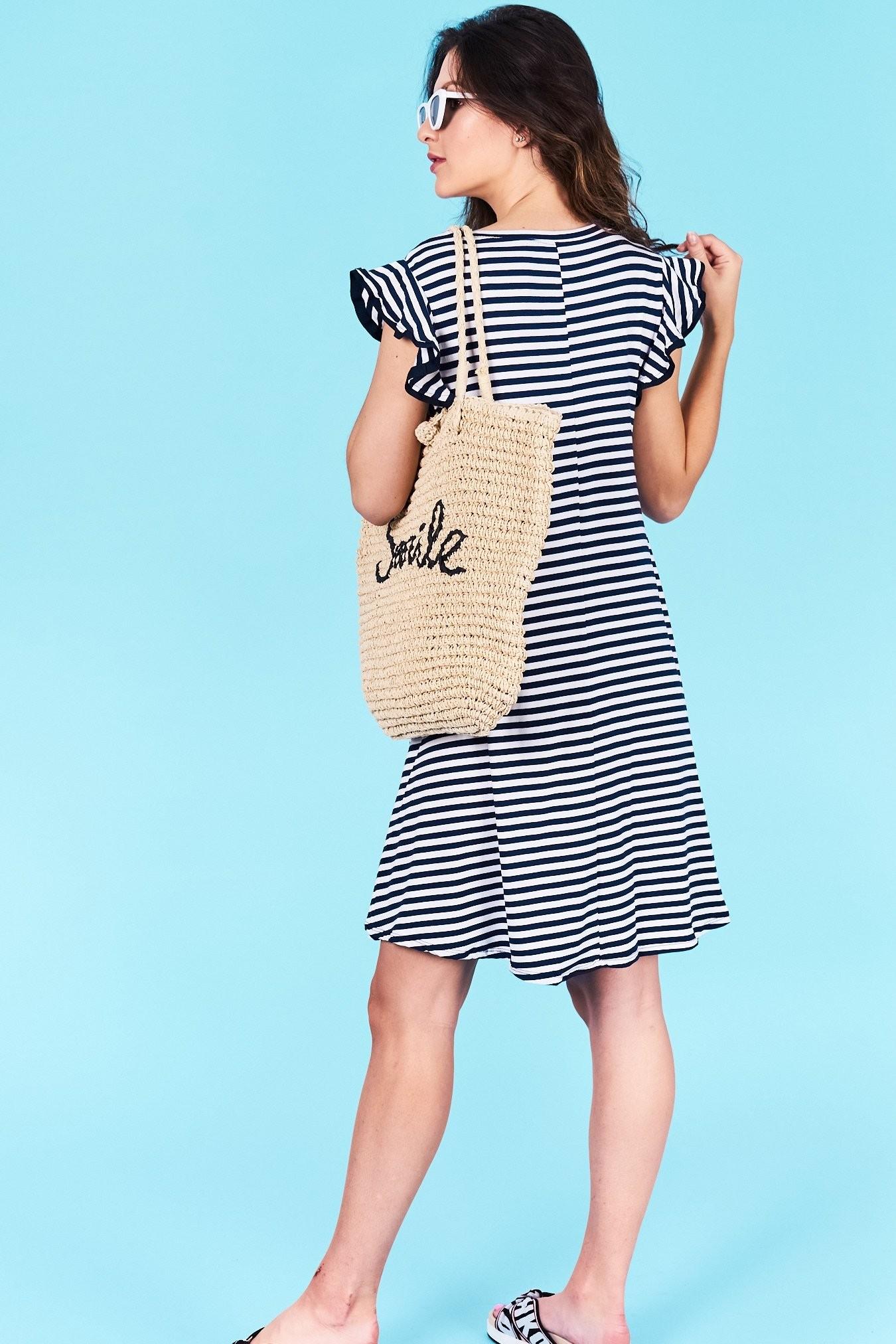 db1b5dad81bb Dámske pruhované šaty tmavo modré Jasmine Veľkosť UNI-verzálna Vyrobené z príjemného  materiálu. Pohodlné