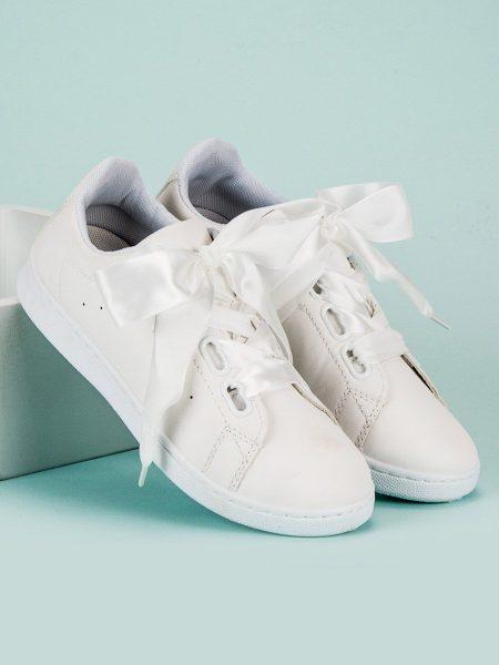b6881e3e2ffa Dámske tenisky v bielej farbe Corla Veľkosť   36