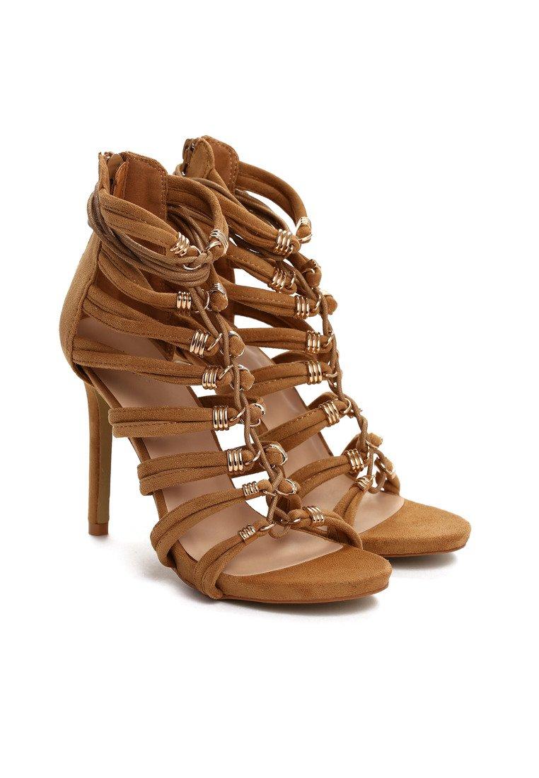 a1f82a9f19 Dámske sandále hnedé Saskia Veľkosť   35