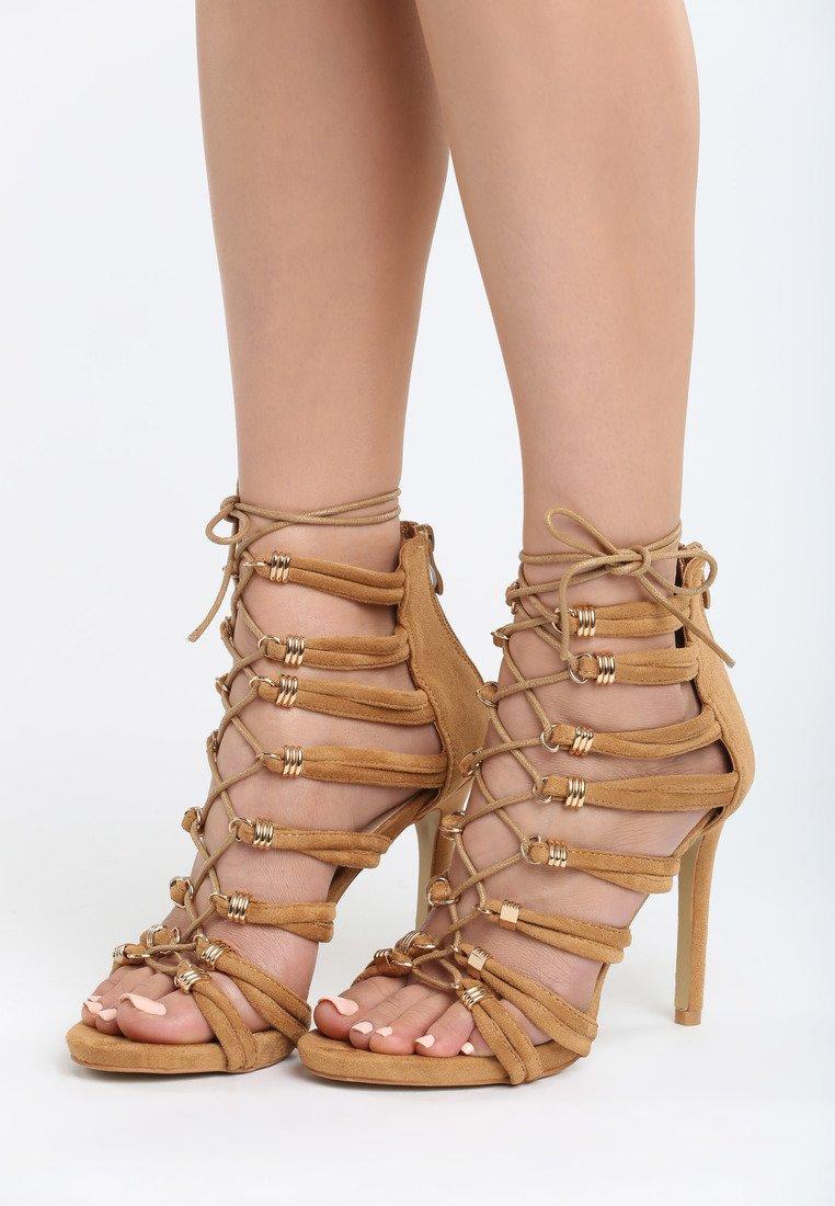 036fcecf2d80 Dámske sandále hnedé Saskia Veľkosť   35