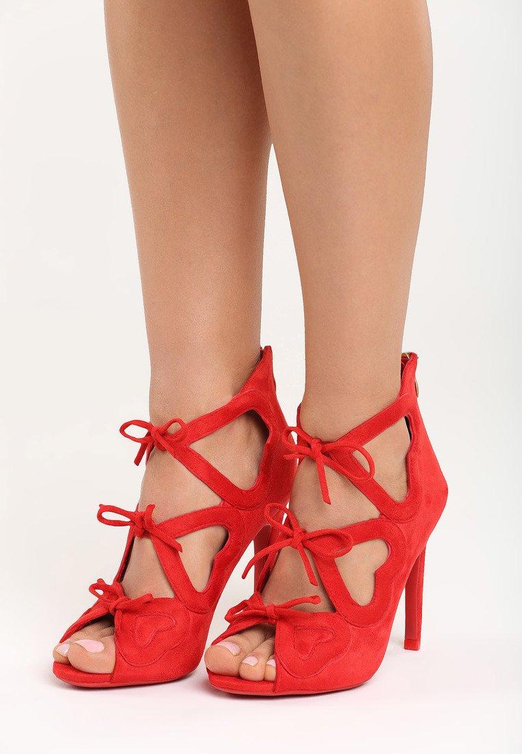 401ecdfd93 Dámske sandále červené Carla Veľkosť   35