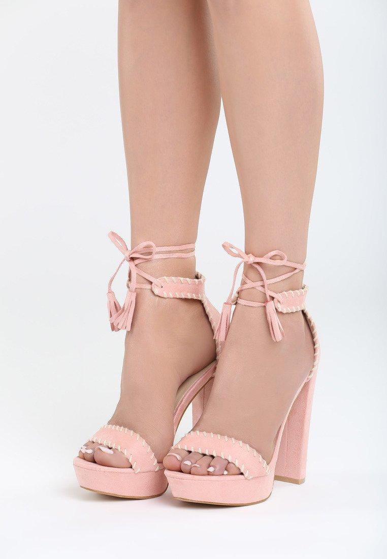 b04b38f656 Dámske sandále na platforme ružové Vivien Veľkosť   35