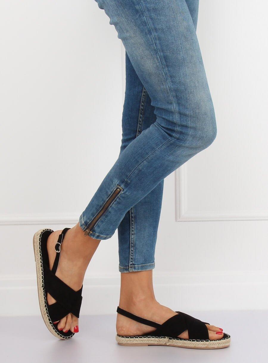 c0050d8ea8 Dámske sandále v čiernej farbe Lizzy 15YJ-2M12CI